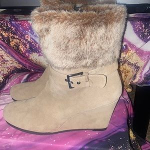 NWOT AEROSOLES Suede and Faux Fur Boots